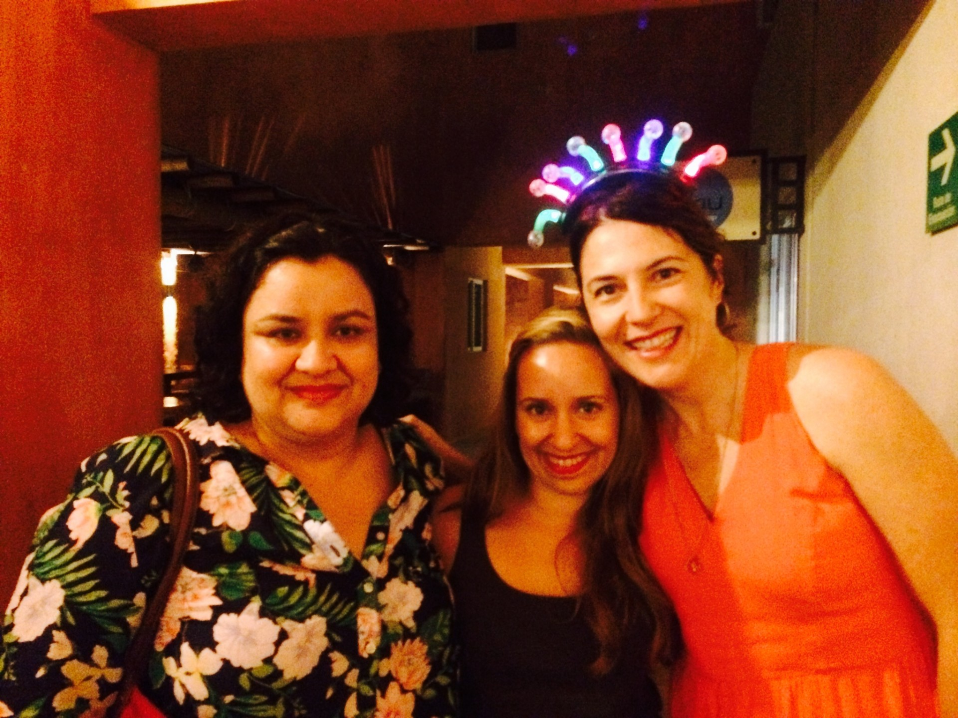 Meredith of Niparajá, and Cris and Laura of EDF. Laura doesn't always wear an electric crown, but when she does, she kills it.