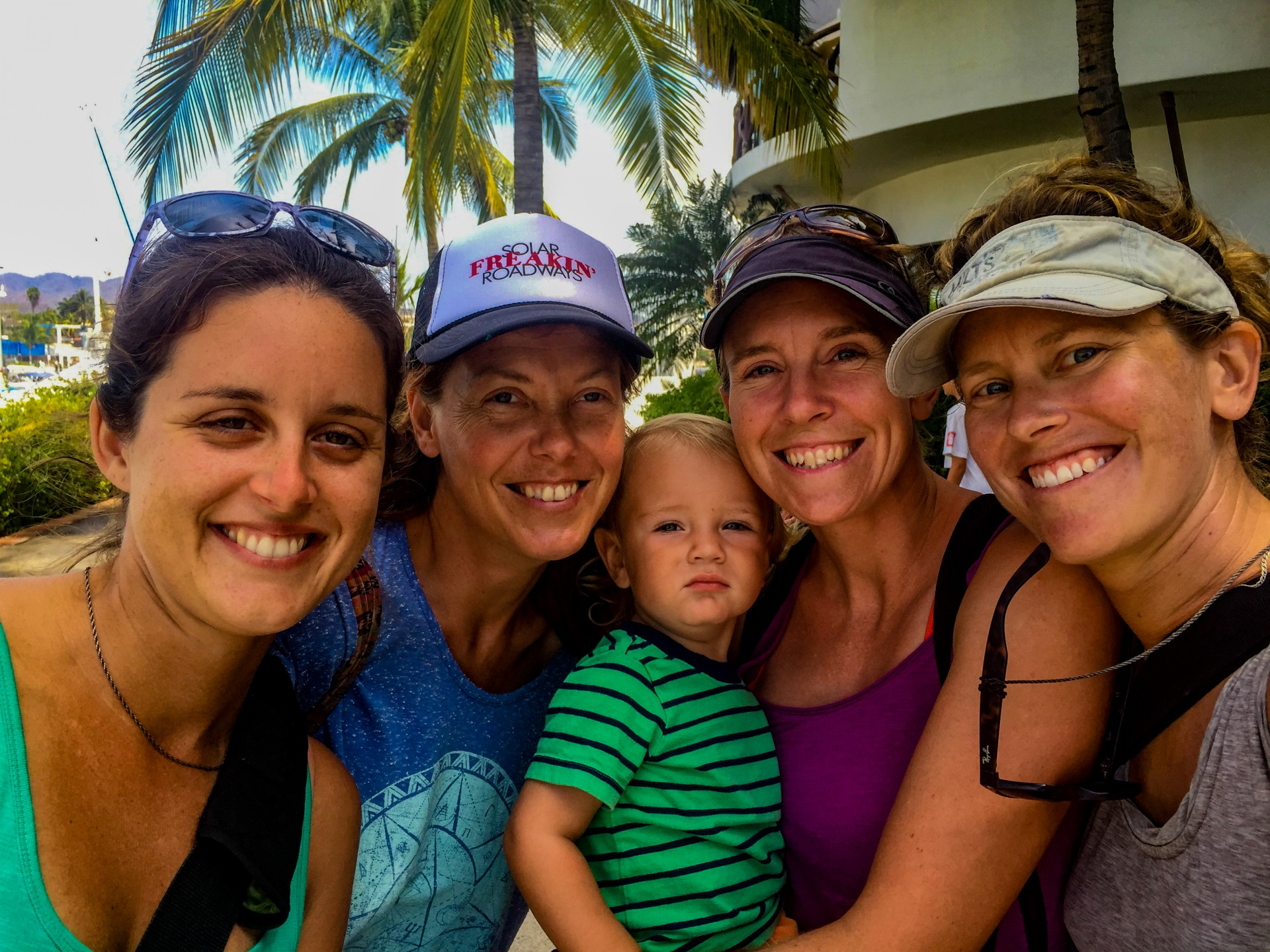 Ladies (and little boy Etolin) of La Cruz.